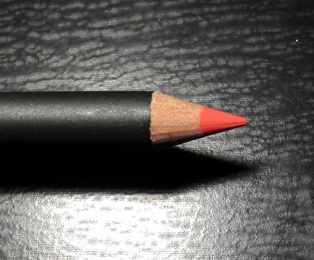 MAC Lasting Sensation LipLiner
